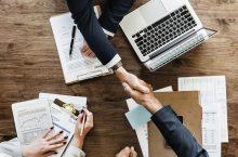 Cum să alegeți un consilier financiar