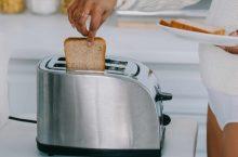 Cel mai bun prajitor de paine 2021: Ghid pentru cumpărături și recenzie