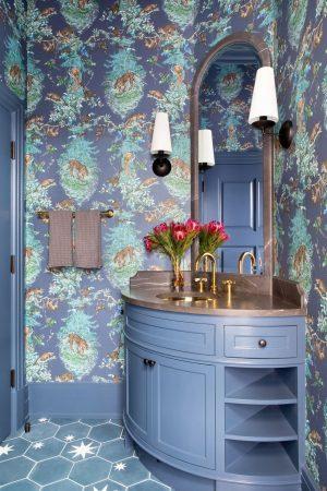 small-bathroom-ideas-30-austin-victorian-by-chango-co-powder-room-1569255059(1)